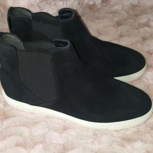 Vince Newlyn Chelsea Suede Sneakers